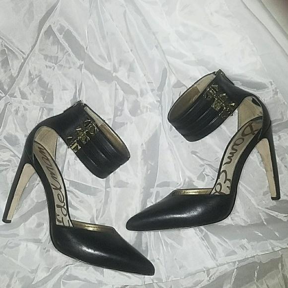 240100c9e3f1 Super sexy Sam Edelman curved heels. M 5b036343b7f72b39b19c9def